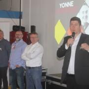 A droite, Yannick Davouse, Président de Yonne numérique